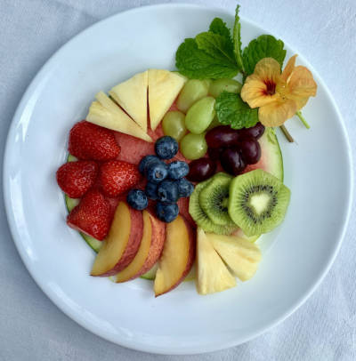 artists fruit platter